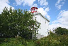 Burntcoat Head Lighthouse, Nova Scotia Canada at Lighthousefriends.com
