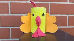 Make Easter decorations yourself – great ideas for crafting with toilet paper rolls - Make Easter Decorations New Year's Crafts, Paper Crafts For Kids, Easy Crafts For Kids, Arts And Crafts, Rooster Craft, Chinese New Year Crafts, Easter Table Decorations, Diy Projects For Kids, Toilet Paper Roll