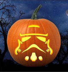 Star Wars storm trooper Halloween Pumpkin carving by Grafiteez