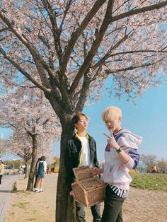 Image discovered by 황은별. Find images and videos about kpop, nct and mark on We Heart It - the app to get lost in what you love. Nct 127, Wattpad, Kai Exo, Ntc Dream, Nct Dream Chenle, Park Jisung Nct, Johnny Seo, Nct Chenle, Na Jaemin
