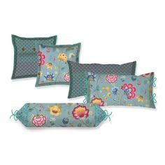 Cuscini FLORAL FANTASY BLUE | PIP STUDIO in vendita su ATMOSPHERE - Oggettistica di design, accessori tavola, tessile casa, idee regalo