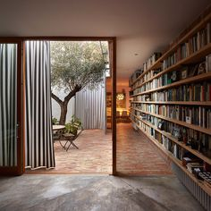 Vista interior. Casa Ricart por Gradolí&Sanz. Fotografía © Mariela…
