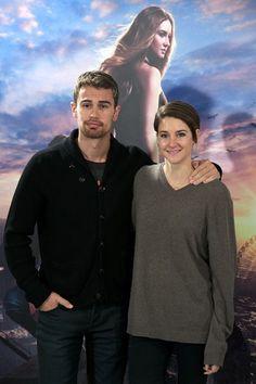 """Theo James (Tobias """"Four"""" Eaton) and Shailene Woodley (Beatrice """"Tris"""" Prior)"""