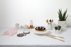 Kindred by Marble Basics is a place for usable home objects that are kindred with one another to create an honest home. Marble Trays, Trivets and Bowls. Home the original Marble Homeware. Marble Tray, Milk Jug, Core, Table Settings, Sugar, Autumn, Dishes, Big, Winter