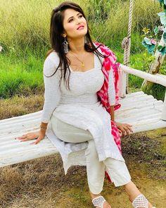 Punjabi beauty Beautiful Girl Indian, Most Beautiful Indian Actress, Beautiful Actresses, Beauty Full Girl, Beauty Women, Desi Girl Image, Punjabi Girls, Punjabi Dress, Indian Girls Images