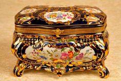 'Antique Ceramic'