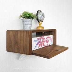 【数量限定販売】【まとめ買いでお得!3個まで送料一律】ウォールナット無垢材 オイル仕上げ 壁をオシャレに飾る壁面収納家具 ウォールシェルフ WSシリーズ ティッシュボックス ウォールナット材 - JOYSTYLE interior Kitchen Pantry, Wood, Furniture, Shop Interiors, Wooden Boxes, Interior, Floating Nightstand, Home Decor, Woodworking Tips