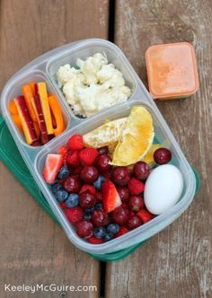 Healthy work lunch idea! | packed in @EasyLunchboxes