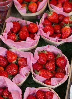 A Visit to an Outdoor Market in Paris | davidlebovitz.com