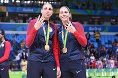 Uconn Basketball, New York Basketball, Olympic Basketball, Soccer Outfits, Megan Rapinoe, 2020 Olympics, Tokyo 2020, Wnba, Rio 2016