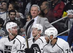 Kings agree with coach Darryl Sutter on new multiyear deal