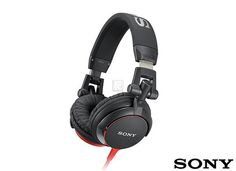 The Sony MDR-V55 black is a DJ-style headphone that offers you reversible ear-cups. Equipped with 40 mm closed type driver units, this headphone gives you access to high-quality sound.This Sony headphone is powered by neodymium magnets, which delivers rich bass and a clear mid-range response. Like this, you can experience the music as it was meant to be heard.  More Info / Available here: http://www.recordcase.de/cgi-bin/shop/lshop.cgi?pid=Google-Ehlen=suche=sony+mdr+v55=en