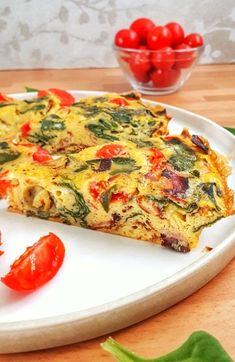This spinach tomato frittata is a keto, low carb and recipe that's perfect for any meal from brunch to dinner, they're easy and delicious. Keto Recipes, Cooking Recipes, Healthy Recipes, Healthy Treats, Healthy Food, Healthy Eating, Healthy Breakfast Snacks, Breakfast Recipes, Dinner Recipes