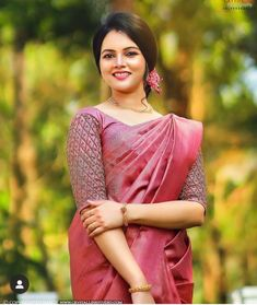 Kerala Wedding Saree, Bridal Sarees South Indian, Kerala Bride, Indian Bridal Fashion, Kerala Saree, Indian Sarees, Silk Sarees, Designer Sarees Wedding, Wedding Saree Blouse Designs