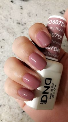 DND Hazlenut gel polish You are in the right place about gel nail polish metallic Here we offer you the most beautiful pictures about the gel nail polish colors you are looking for. When you examine the DND Hazlenut gel polish … Dnd Gel Nail Polish, Gel Nail Polish Colors, Dnd Shellac Colors, Mauve Nail Polish, Gel Color, Nail Art Designs, Gel Polish Designs, Nails Design, Fall Gel Nails