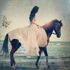 #horse #girl #ragazze #cavallo #fantasy #wings #magic