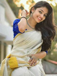 Beautiful Girl Photo, Beautiful Girl Indian, Most Beautiful Indian Actress, Beautiful Saree, Beautiful Actresses, Indian Photoshoot, Saree Photoshoot, Cute Couples Photography, Girl Photography Poses