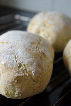 Piece Of Bread, Ciabatta, Fodmap, No Bake Desserts, Bread Baking, Lchf, Food Styling, Nom Nom, Good Food
