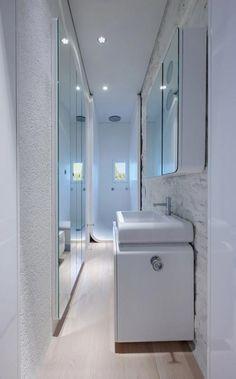 Smalle lange badkamer | verbouwen ideeen | Pinterest - Moderne ...