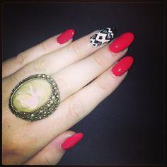 Aztec red nails #nailart