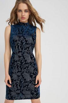 Die 280 besten Bilder von Dress to impress   Elegant dresses, Formal ... 4f9fd4d202