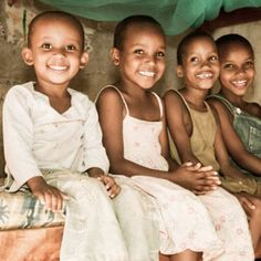 Royalty free-beeld: East African Children in an Orphanage Beautiful Smile, Beautiful Children, Beautiful Babies, Beautiful People, We Are The World, People Of The World, Martin Luther King, Child Smile, African Children