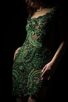 ирландская модель кружевном платье