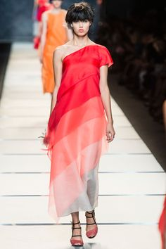 Fendi Spring 2014 RTW - Runway Photos - Fashion Week - Runway, Fashion Shows and Collections - Vogue