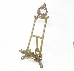 Vintage solid brass large scale easel stand Easel, Solid Brass, Scale, Fashion Design, Vintage, Weighing Scale, Vintage Comics, Libra, Handstand