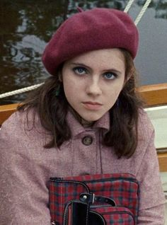 film, wes anderson, and moonrise kingdom image Kara Hayward, Suzy Moonrise Kingdom, Wes Anderson Movies, The Royal Tenenbaums, Oui Oui, Movies Showing, Female Characters, Movie Characters, Short Film