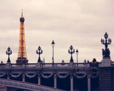 Autumn walk in Paris