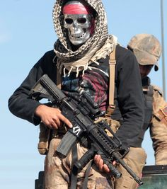Fighter from Iraq's Counter-Terrorism Service(CTS) in Bartella, east of Mosul