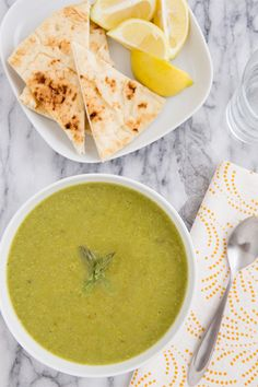 Curried asparagus soup by Oh My Veggies