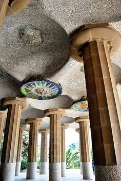 Parque Güell, La Sala Hipóstila, Barcelona, Spain, architect:  Antoni Gaudi