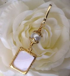 Wedding bouquet photo charm, white shell pearl in gold. on Etsy, $10.23 CAD