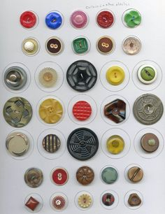 Large lot of all kinds of buttons 12 cards vintage and antique buttons