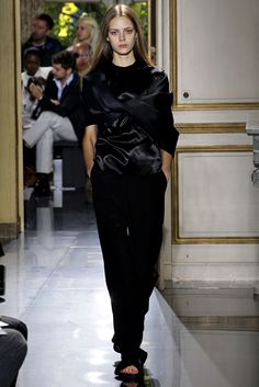 Céline Spring 2013 Ready-to-Wear Fashion Show - Esther Heesch (Next)