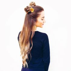 H•E•Y  Y•O•U what about a simple and cute hairstyle for today 🙀😻 🔝 Braided Buns 🌻 I love this kind of hairstyle💕 And you? 👍🏽💁👎🏽 let your comment 👇🏾 tag a friend 👌🏼#topknot #topknots #topknotbun #topknotgirl #bun #cutebun #topbun #messybun #trança #tranças #voudetrança #braid #braids #braidideas #braided #braidedbun #instabraid #instabraids #longhair #cabelo #cabelos #tumblr #tumblrgirl #hair #hairs #hairstyle thank to my beautiful friend and photographer @dudavaliante…