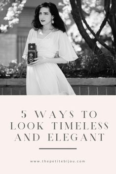 How To Look Timeless - The Petite Bijou - - Great tips on elegant women's fashion and elegant women's style. Teaches you how to be elegant and look timeless. Click through to read! Source by thepetitebijou Fashion Tips For Women, Fashion Advice, Womens Fashion, Fashion Trends, Ladies Fashion, Fashion Styles, Fashion Websites, Fashion Bloggers, Style Fashion