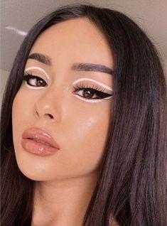 Edgy Makeup, Makeup Eye Looks, Eye Makeup Art, No Eyeliner Makeup, Face Makeup, Eyeliner Ideas, Dramatic Makeup, Retro Eye Makeup, White Eyeliner Makeup