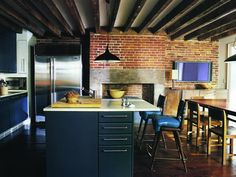 Where the Stars Cook: 10 Stunning Celebrity Kitchens