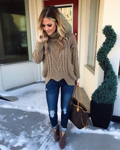 52 Winter Fashion 2018 To Rock Your Winter Style - Women Fashion Trends Trend Fashion, Fashion 2018, Cute Fashion, Look Fashion, New Fashion, Fashion Outfits, Woman Outfits, Fashion Clothes, Fall Fashion