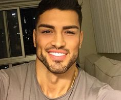 white teeth complement a fresh cut Using our Activated Charco 스타일 Spanish Men, Eye Candy Men, Latino Men, Handsome Faces, Men Handsome, How To Look Handsome, Raining Men, Male Face, Good Looking Men