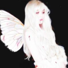 四象 SYNGEN - DOLOCINE Nicole Dollanganger, Aesthetic Art, Aesthetic Pictures, Princesa Emo, Arte Grunge, Emo Princess, Arte Cyberpunk, Doja Cat, Forest Fairy