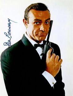 Sean Connery – Original signiertes Foto ca. 20x25cm als JAMES BOND in seinem ersten Auftritt. www.starcollector.de