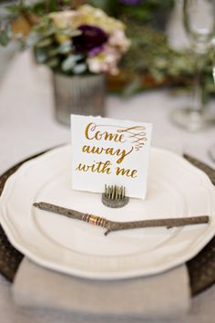 Come away with me table setting - photo by Andie Freeman Photography #weddingtables #tablesettings
