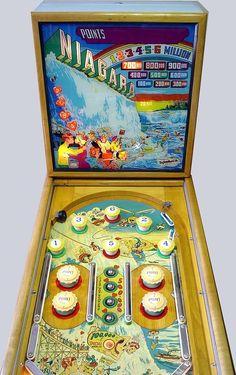 """1951 Niagara """"Gottlieb""""Pinball Machine"""