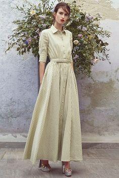 Guarda la sfilata di moda Luisa Beccaria a Milano e scopri la collezione di abiti e accessori per la stagione Pre-collezioni Primavera Estate 2018.