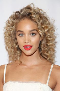 26 of the best curly hairstyles to try from your favorite celebrity looks: Jasmine Sanders, aka Golden Barbie, has perfectly coiled golden ringlets