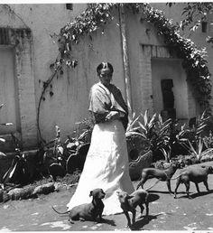 Frida Kahlo by Gisele Freund
